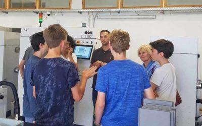 LIGHTWAY engagiert sich als Wirtschaftspate für Schüler Start-Up
